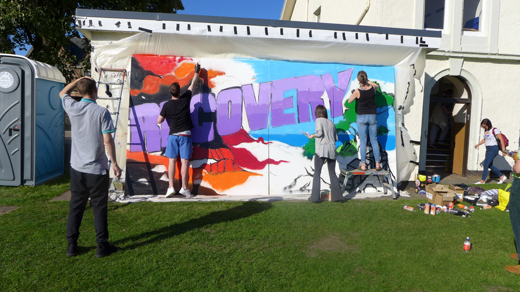 Graffiti workshop at the recovery walk